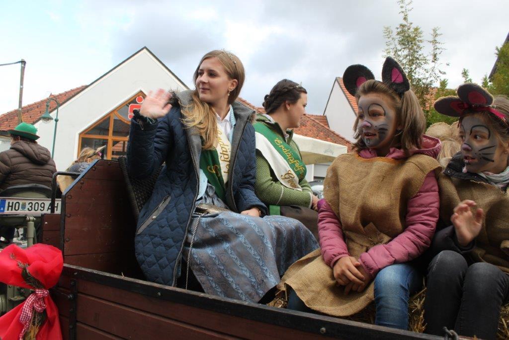 Oldtimerumzug-2019-c-ARGE-Erdäpfelfest-Geras-52