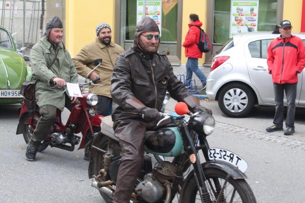 Oldtimerumzug-2019-c-ARGE-Erdäpfelfest-Geras-64