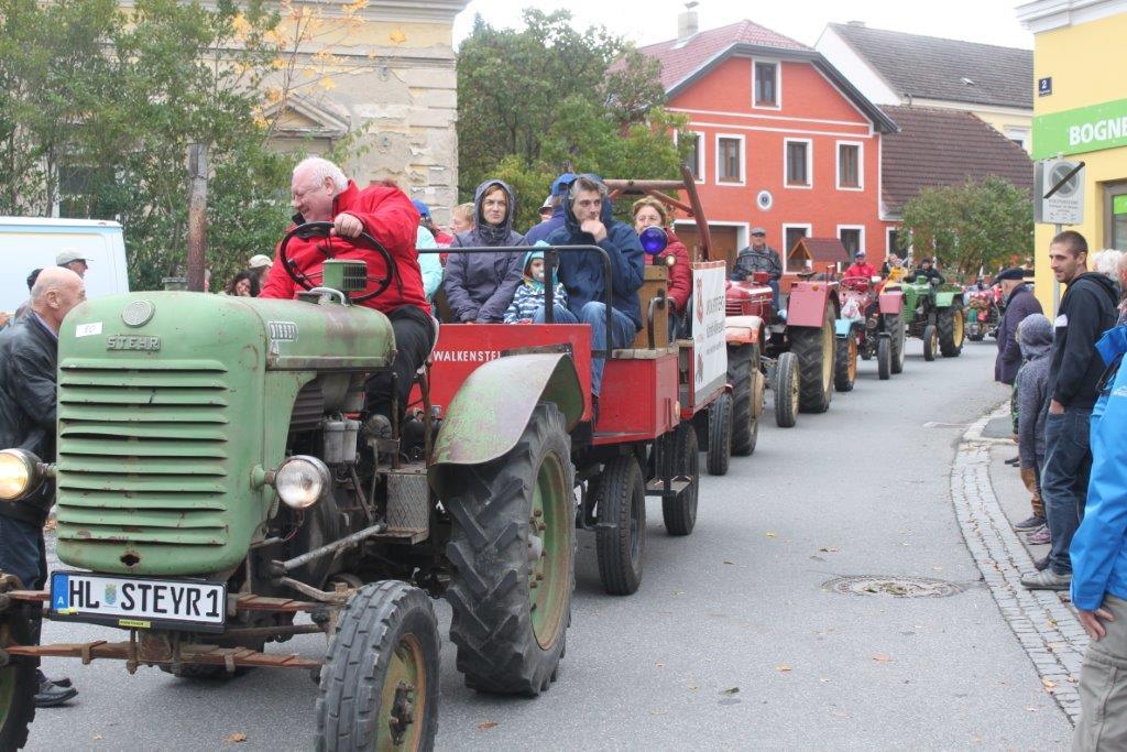 Oldtimerumzug-2019-c-ARGE-Erdäpfelfest-Geras-76