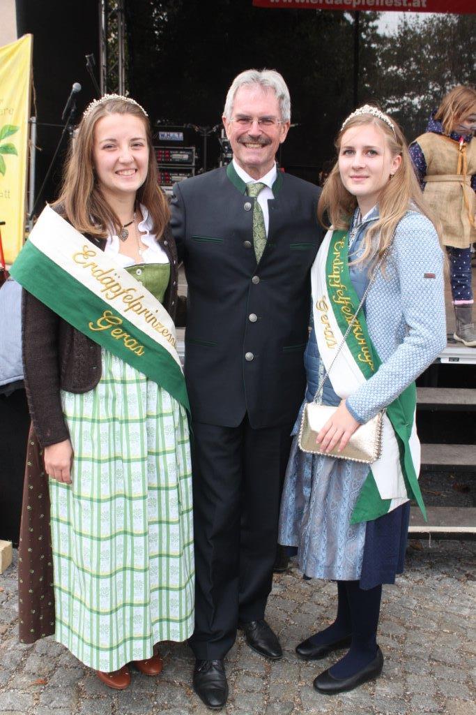 Thronübergabe-2019-c-ARGE-Erdäpfelfest-Geras-10