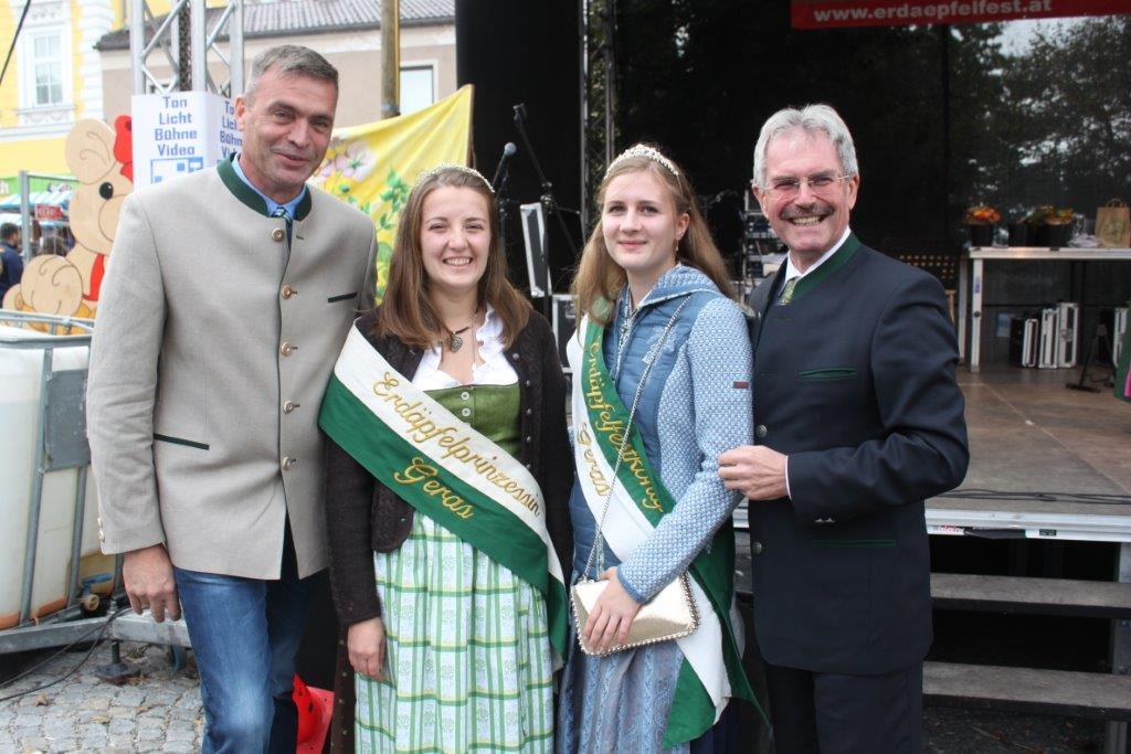 Thronübergabe-2019-c-ARGE-Erdäpfelfest-Geras-13
