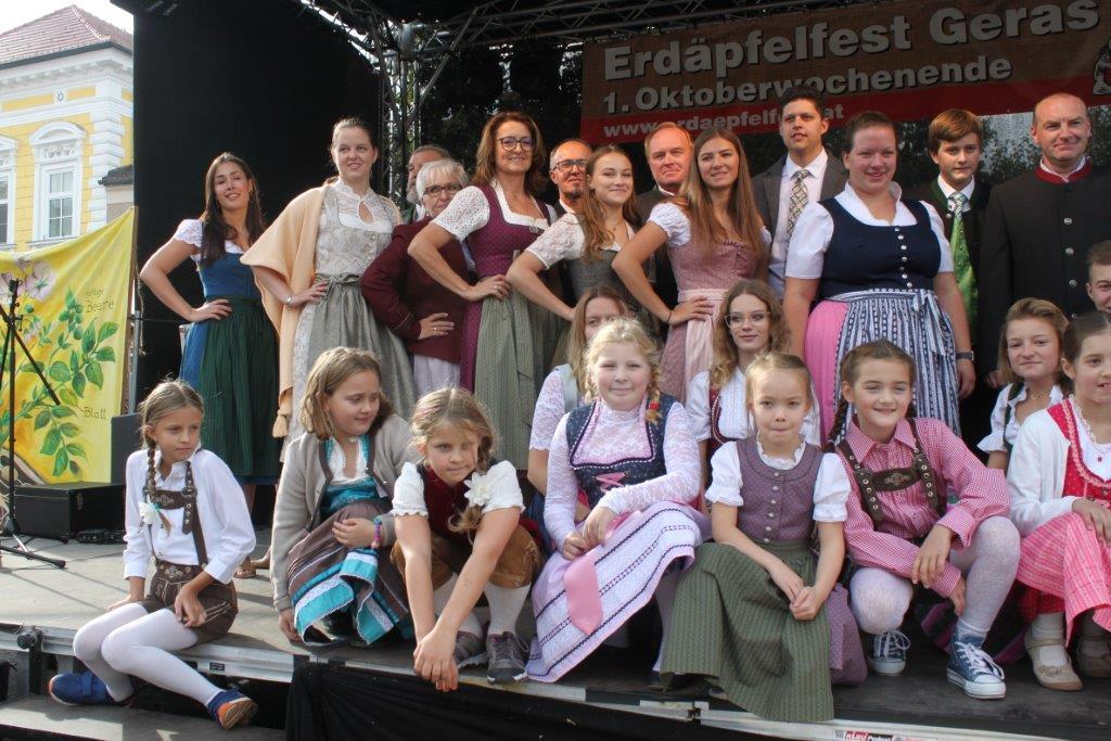 Trachtenmodenschau-2019-c-ARGE-Erdäpfelfest-Geras-122