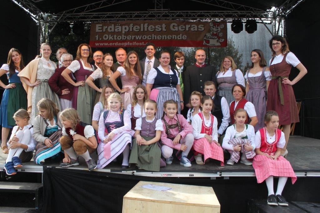 Trachtenmodenschau-2019-c-ARGE-Erdäpfelfest-Geras-124