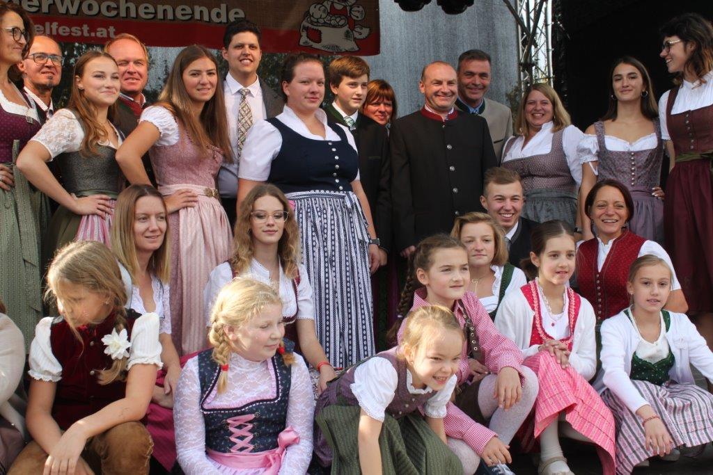 Trachtenmodenschau-2019-c-ARGE-Erdäpfelfest-Geras-129
