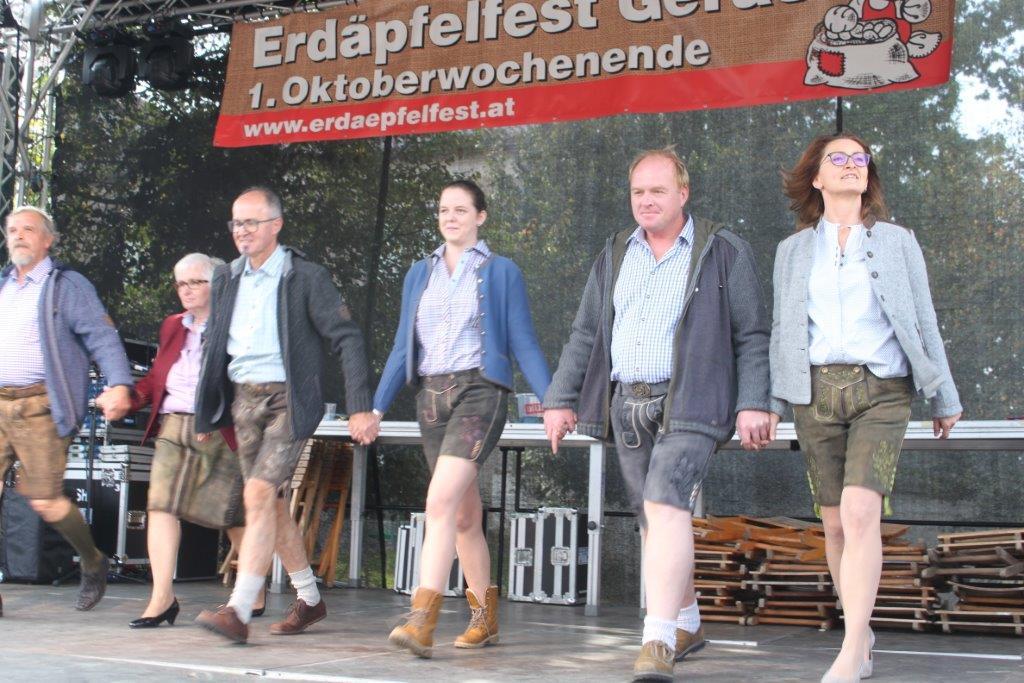 Trachtenmodenschau-2019-c-ARGE-Erdäpfelfest-Geras-25