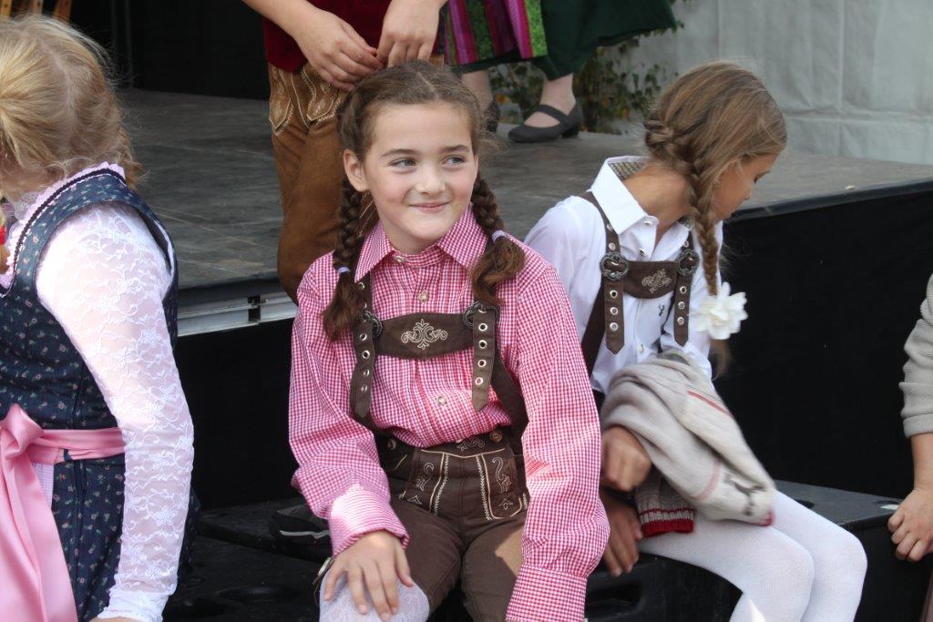 Trachtenmodenschau-2019-c-ARGE-Erdäpfelfest-Geras-37