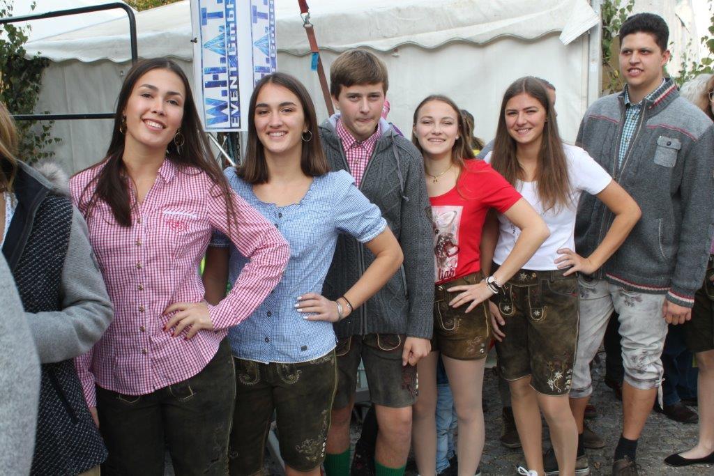 Trachtenmodenschau-2019-c-ARGE-Erdäpfelfest-Geras-4