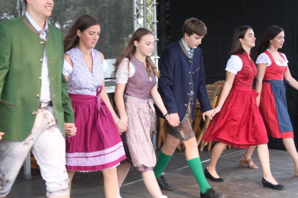Trachtenmodenschau-2019-c-ARGE-Erdäpfelfest-Geras-58