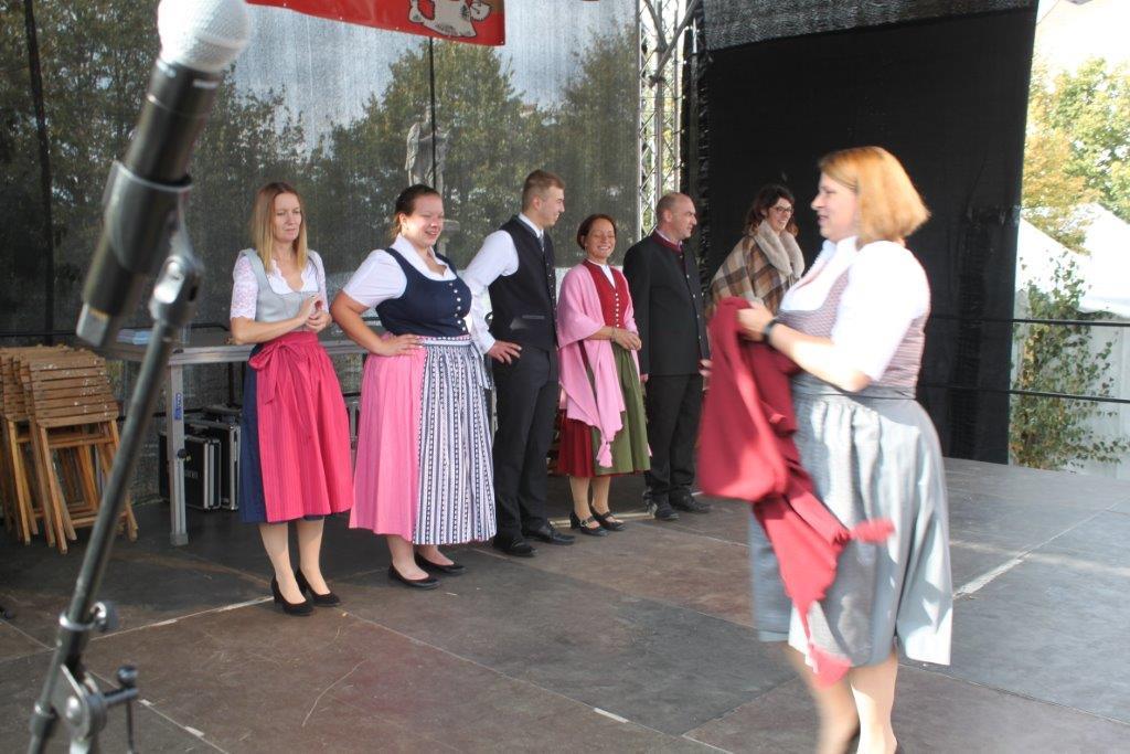 Trachtenmodenschau-2019-c-ARGE-Erdäpfelfest-Geras-72