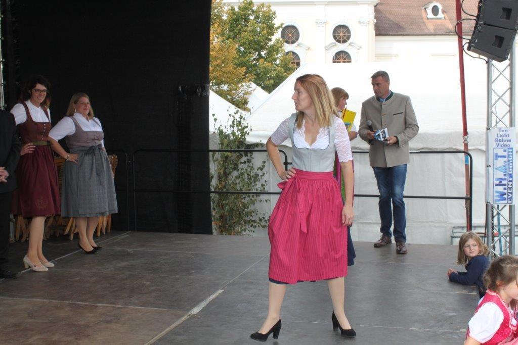 Trachtenmodenschau-2019-c-ARGE-Erdäpfelfest-Geras-75