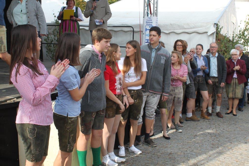 Trachtenmodenschau-2019-c-ARGE-Erdäpfelfest-Geras-8