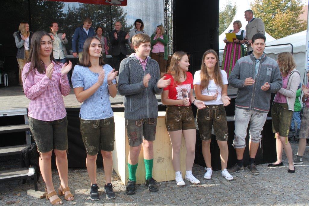 Trachtenmodenschau-2019-c-ARGE-Erdäpfelfest-Geras-9