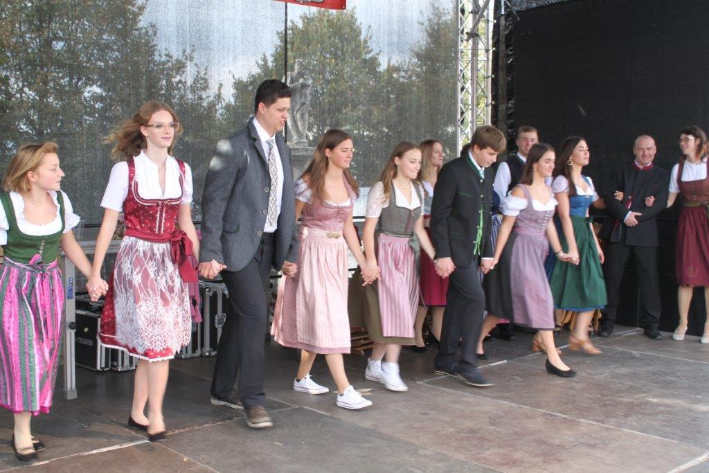 Trachtenmodenschau-2019-c-ARGE-Erdäpfelfest-Geras-98