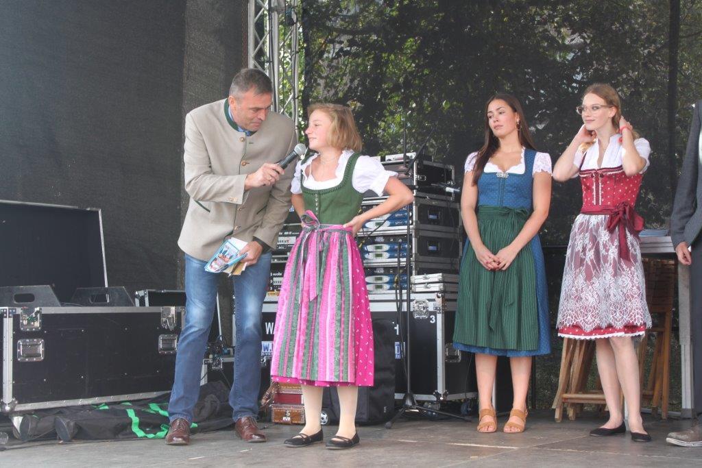 Trachtenmodenschau-2019-c-ARGE-Erdäpfelfest-Geras-109