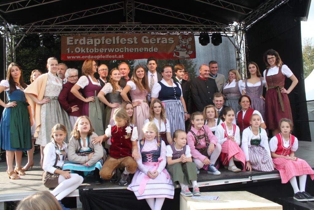 Trachtenmodenschau-2019-c-ARGE-Erdäpfelfest-Geras-131