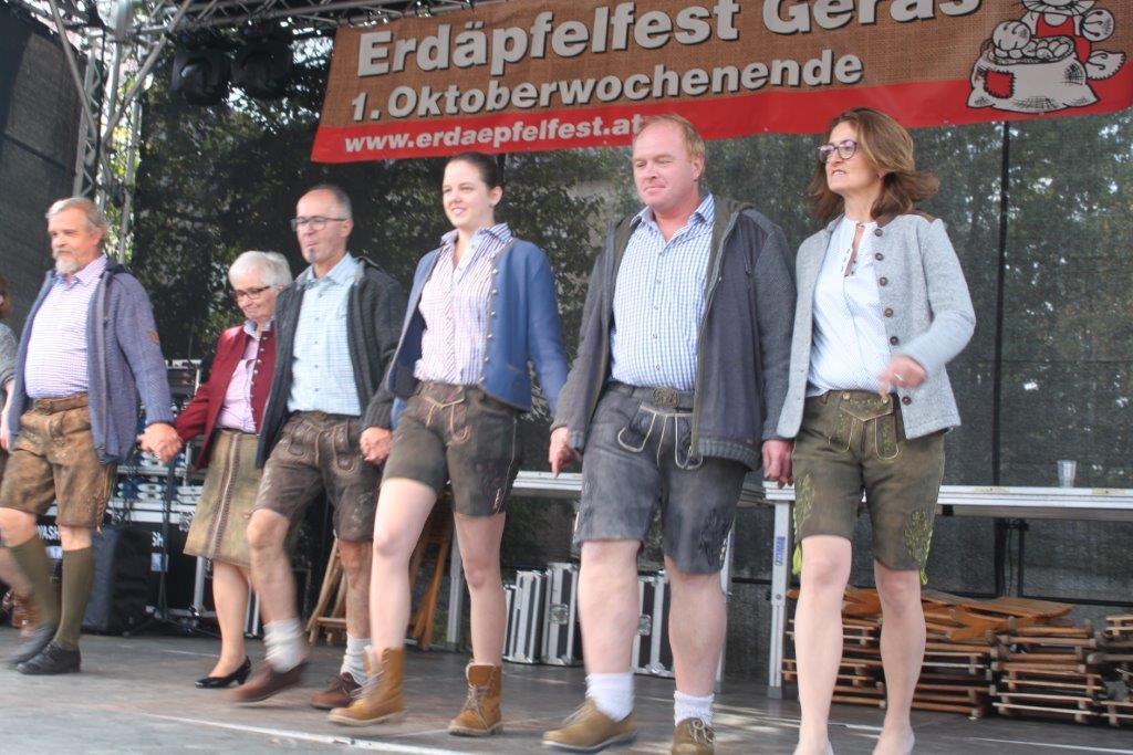 Trachtenmodenschau-2019-c-ARGE-Erdäpfelfest-Geras-24