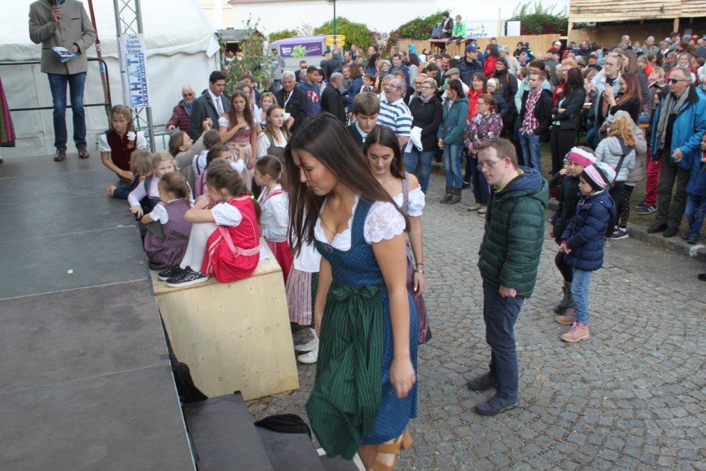 Trachtenmodenschau-2019-c-ARGE-Erdäpfelfest-Geras-76